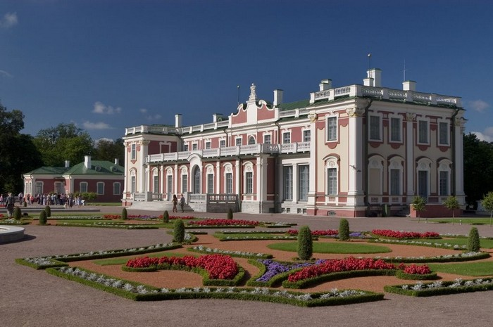 Искусство в Таллинне – экскурсия с посещением храмаСвятого Николая и художественного музея в Кадриорге